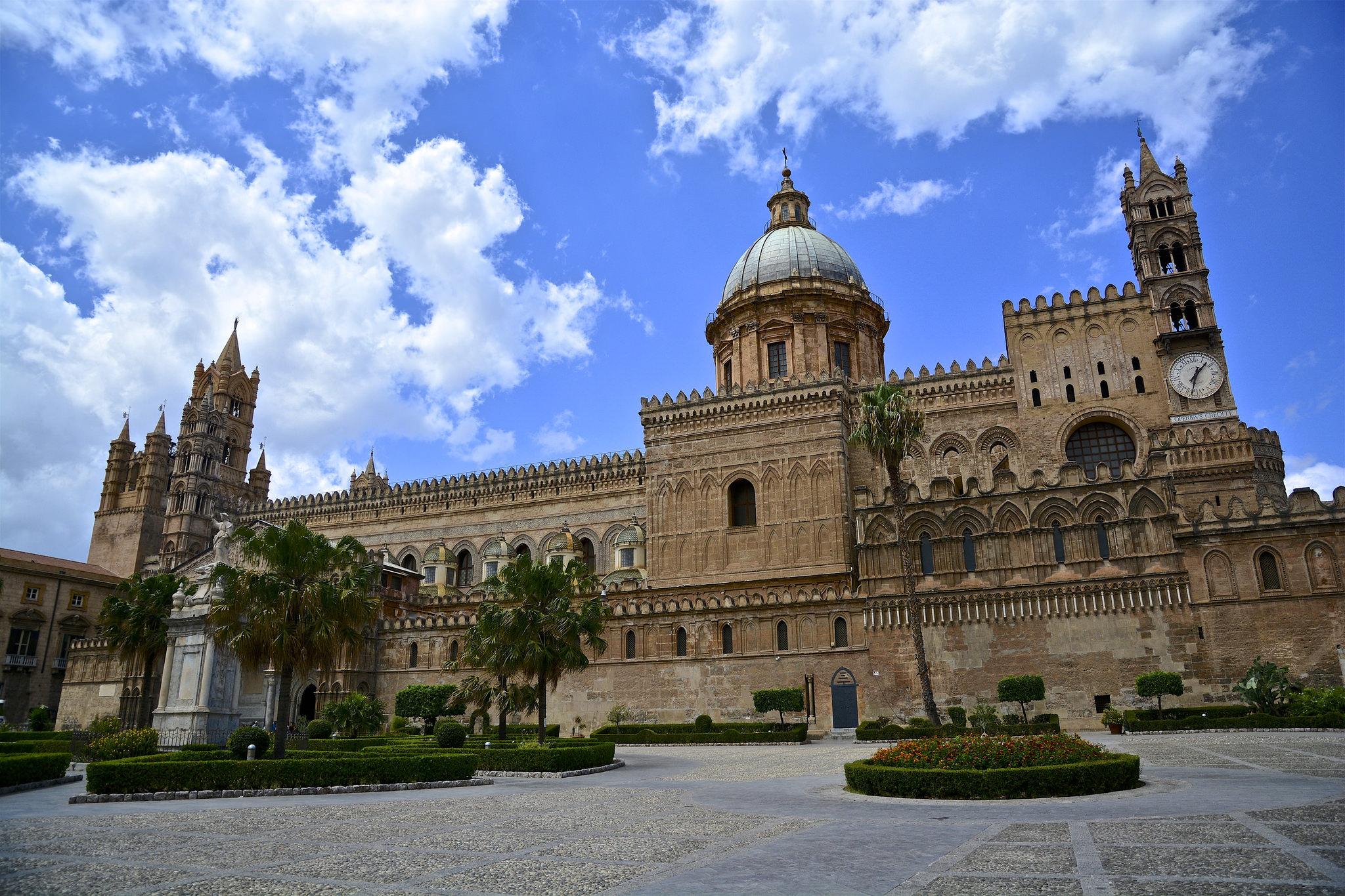 wycieczka objazdowa po Sycylii, Katedra w Palermo, Palermo, Sycylia, Wycieczka objazdowa po Sycylii, Sycylia, Sicilia, Sizilien, wycieczka na Sycylię, wycieczka Sycylia, Sycylia wycieczka, Sycylia w tydzień, objazdówka po Sycylii, co zobaczyć na Sycylii, wyjazd na Sycylię
