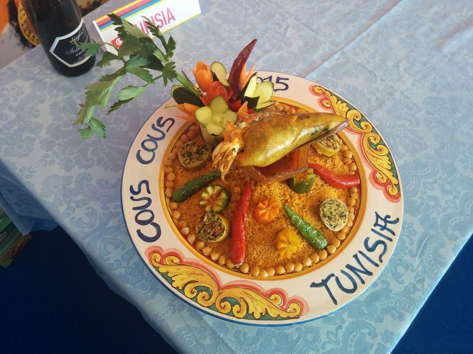 Cuscus, kuskus, cous cous, cuscusu, cuscusu trapanese, historia kuskusu, przygotowanie kuskusu, jak gotować kuskus, sycylia, kuskus z trapani, Trapani, cous cous fest, san vito lo capo, cuscus trapanese, italia, włochy, festyn kuskus, sagra kuskus, kuskus arabski, skąd pochodzi kuskus, skąd pochodzi nazwa kuskus