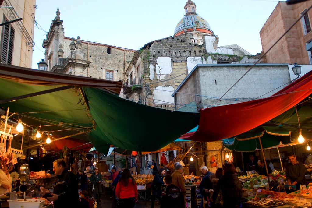wycieczka objazdowa po Sycylii, Targ w Palermo, Ballaro, Palermo, Sycylia, co zobaczyć w Palermo,Wycieczka objazdowa po Sycylii, Sycylia, Sicilia, Sizilien, wycieczka na Sycylię, wycieczka Sycylia, Sycylia wycieczka, Sycylia w tydzień, objazdówka po Sycylii, co zobaczyć na Sycylii, wyjazd na Sycylię