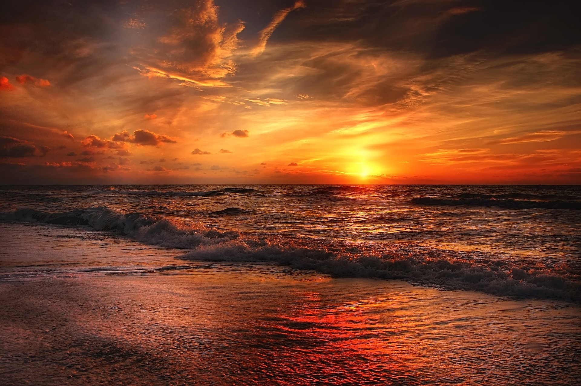 Sycylia jesienią, Sycylia, jesień, zachód słońca, morze, zachód słońca nad morzem, saliny w Trapani, saliny, Trapani, plaża, zachód słońca na plaży, dobre ceny, temperatura na Sycylii jesienią, klimat Sycylia jesienią, klimat na Sycylii jesienią, klimat Sycylia jesień, pogoda Sycylia jesień, pogoda na Sycylii jesienią, pogoda Trapani jesień, pogoda w Trapani jesienią, czy warto jechać na Sycylię jesienią, dlaczego jechać na Sycylię jesienią
